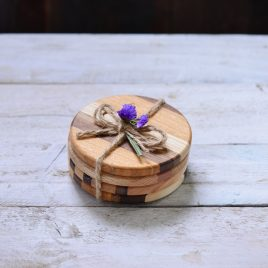 Natural colour wooden coasters.Set of four